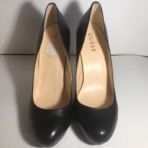 GUESS Black Leather Round Toe Heels Size 9